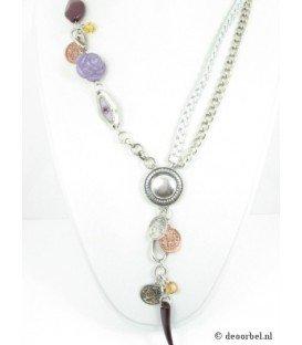 Zilverkleurige ketting met paarse accenten
