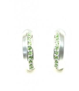 Zilverkleurige halfronde oorbellen met groene strass