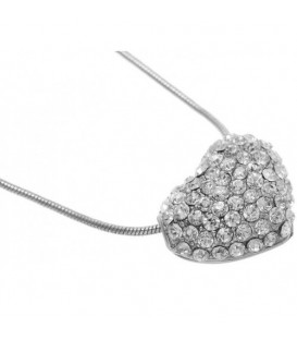 Zilverkleurige korte halsketting met hartvormige hanger