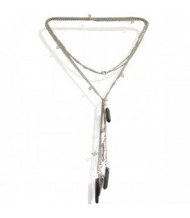 Zilverkleurige lange halsketting met pendants van echte steen.