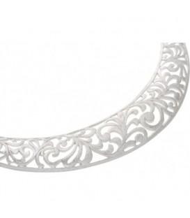 Zwarte koordketting met zilverkleurige opengewerkte hanger