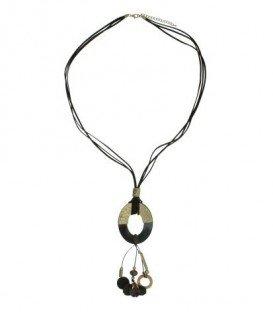 Mooie lange koord halsketting met ovale hanger, kwast en kralen