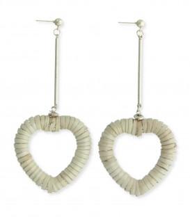 Lange oorbellen met hart van natuurlijk materiaal