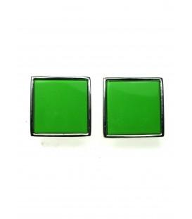 Oorclips met groene invulling en zilverkleurige rand