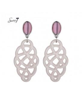 Oorclips met cat eye roze steen en roze hanger. De lengte van de clip oorbel is circa 7 cm.