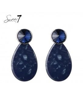 Blauwe oorbellen met een resin ovale hanger