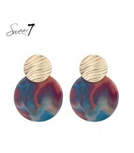 Gekleurde oorbellen met een goudkleurig oorstukje