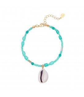 Blauwe armband met kleurrijke kralen en schelp