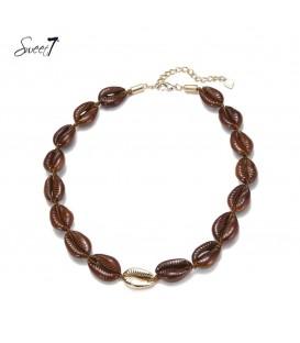 Bruine korte halsketting van schelpen van Sweet7