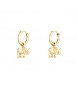 Goudkleurige oorbellen met een leuk olifantje