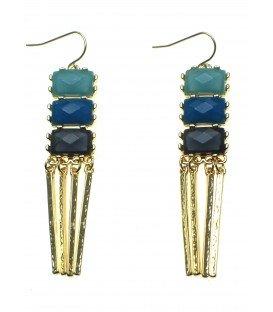 blauwe oorbellen met goudkleurige metalen staafjes