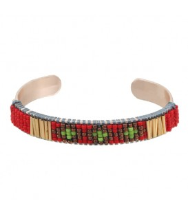 gekleurde armband met kleine kraaltjes