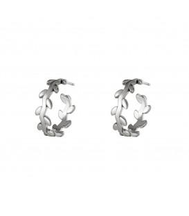 zilvergekleurde oorbellen in de vorm van een lauwerkrans
